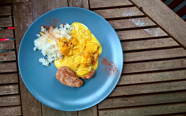 Schweinefilet mit Currysauce