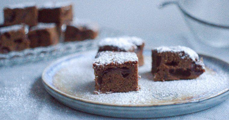 Schoko-Brownies mit Kirschen